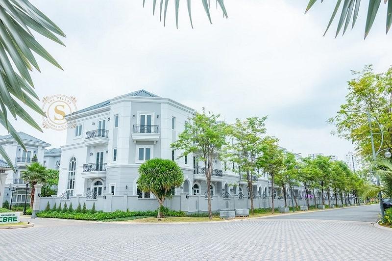 Bán biệt thự 2MT Sol Villas Phố Đông Village quận 2 tuyệt đẹp. 120m2, 3 tầng mái ngói. Giá 11.5 tỷ
